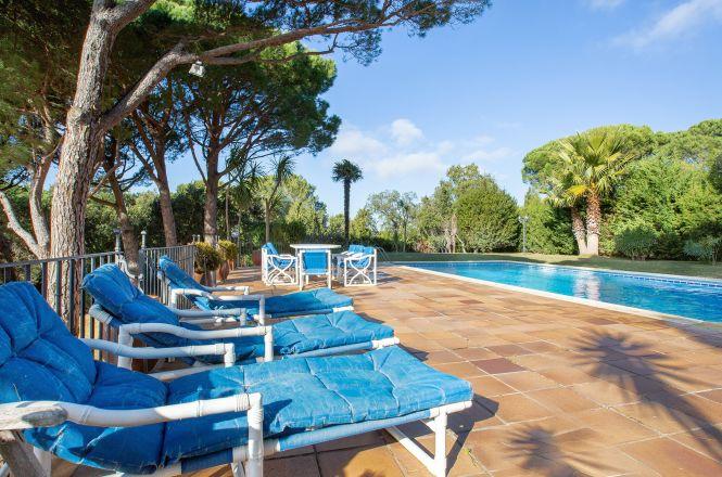 Calella Pool Villa