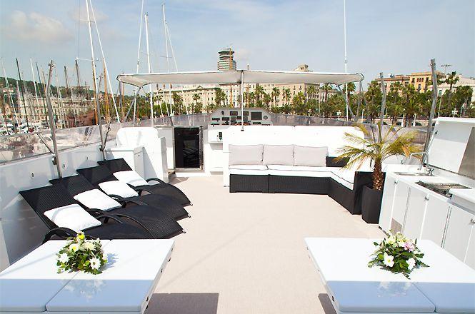 Born Vell Luxury Yacht