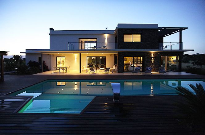 Modern Luxury Villa Golf