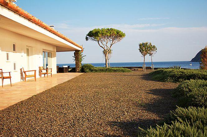 Cadaques Seaside Villa
