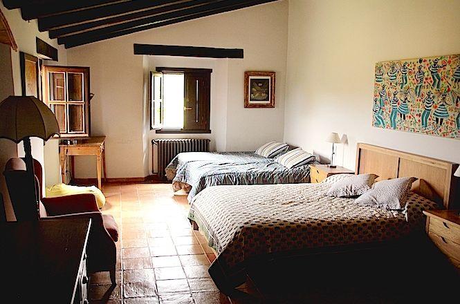Figueres Rustic Villa
