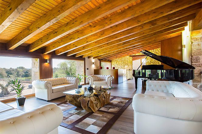 Countryside Luxury Home