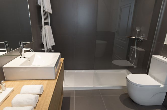 Barcelona Pool Apartment