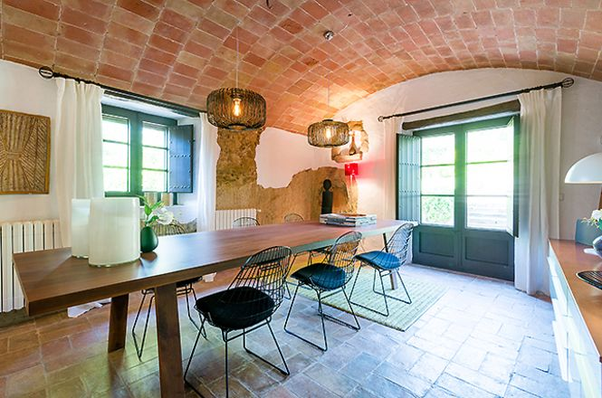 Emporda Design House