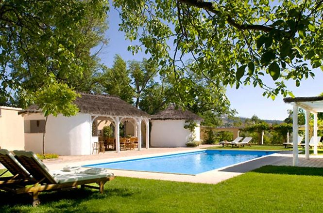 Andalucia White House