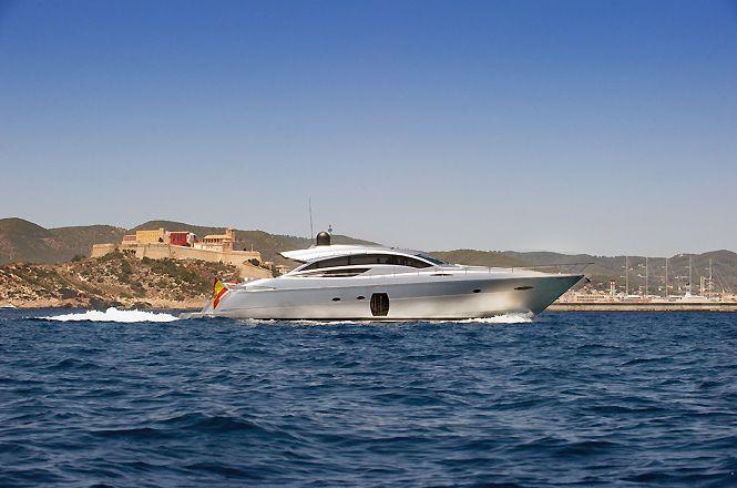 Pershing 72 Ibiza Luxe