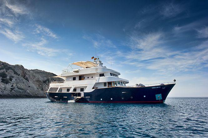 31 Ibiza Super Yacht
