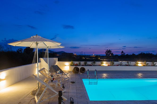 Naxos Pool Estate