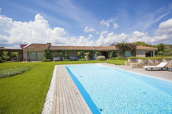 Italien Sardinien Lu Impostu Modern Villa