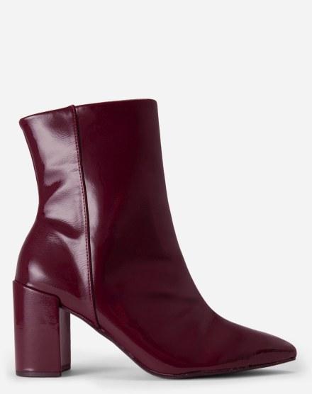 739179a33 Sapatos Femininos | Sandálias, scarpins e sapatilhas | AMARO