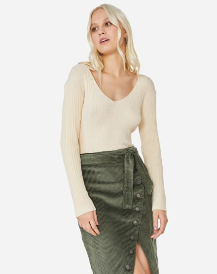 da43cf72c0 Moda Feminina 2019 | Comprar online as últimas tendências | AMARO