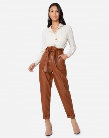 3e5cfd9e9 Calça Cintura Alta l Jeans, sarja e alfaiataria | AMARO