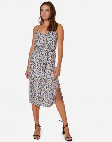 2c75138439 Vestido Midi Alcinha de Crepe com Fenda