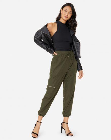 a2beeec43 Calça Pantacourt | Compre Pantacourt jeans, social e mais! | AMARO