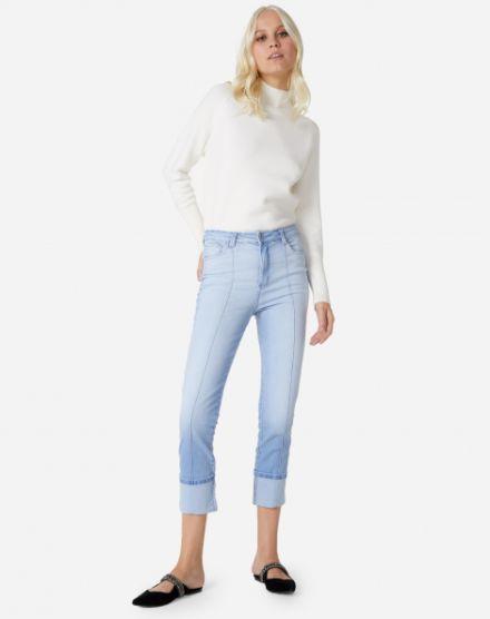 44ab80da9 Calça Jeans Feminina | Flare, Skinny, Cintura Alta e mais | AMARO