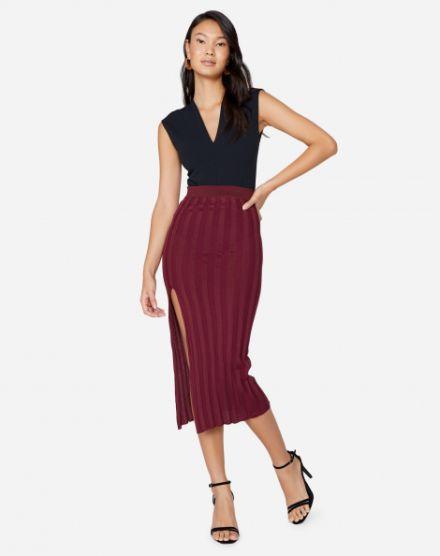 fd3020d7b Moda Feminina 2019. SAIA TRICOT PLISSADA FENDA