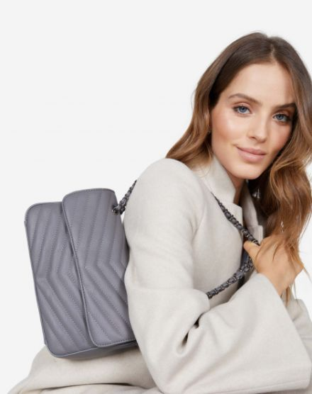 9aebed489 Clutch   Compre bolsas Clutch e bolsas de festa online   AMARO