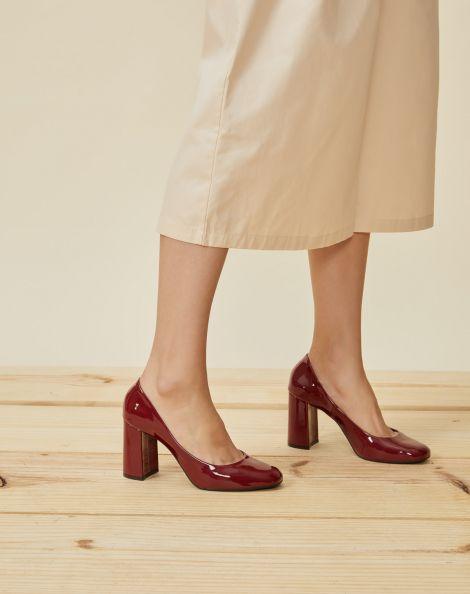 Amaro Feminino Scarpin Bico Quadrado Salto Grosso, Vermelho