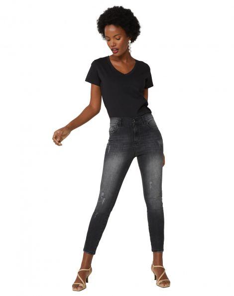 Amaro Feminino Calça Jeans Skinny Com Leves Puídos, Preto
