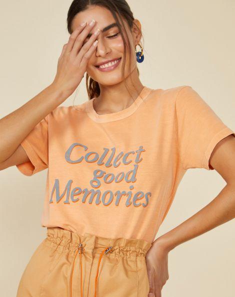 Amaro Feminino T-Shirt Good Memories, Laranja