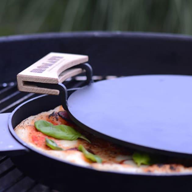 IRONATE Pizzapfanne – Perfekte Pizza in 3 Minuten!
