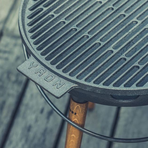YRON Grill aus Gusseisen made in Germany