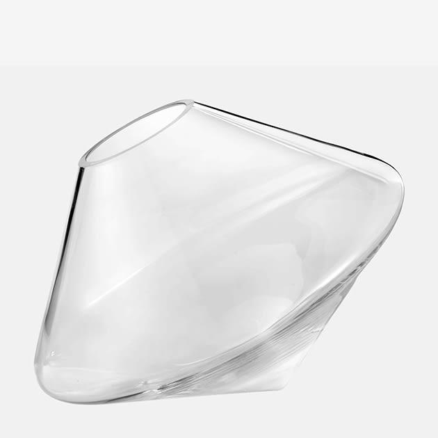 Float Vase von Fabio Vogel, inspiriert von Kreiseln