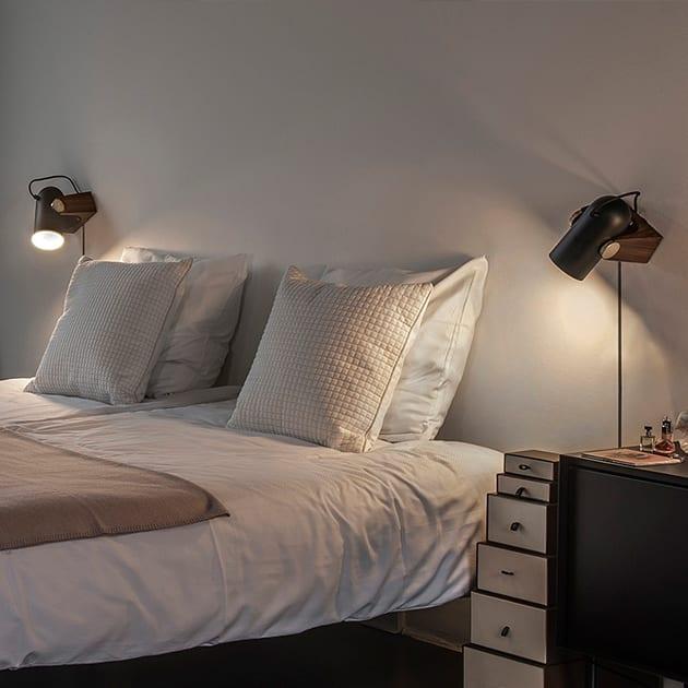 Carronade Leuchte von Le Klint für Tisch und Wand