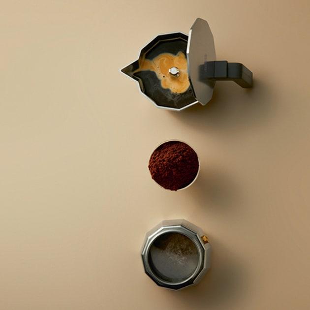 ALESSI Moka – Traditioneller italienischer Espressokocher in drei Größen