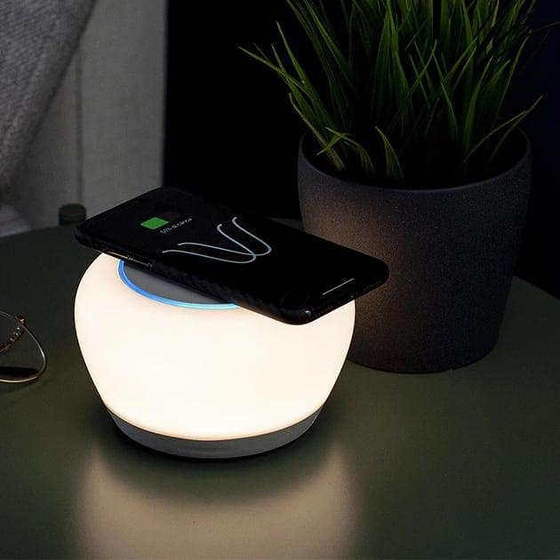 Luna Smart Lamp vereint moderne Technologie für Dein Raumambiente
