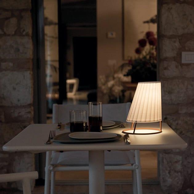 Cone LED Outdoor Leuchte von Emu, akkubetrieben