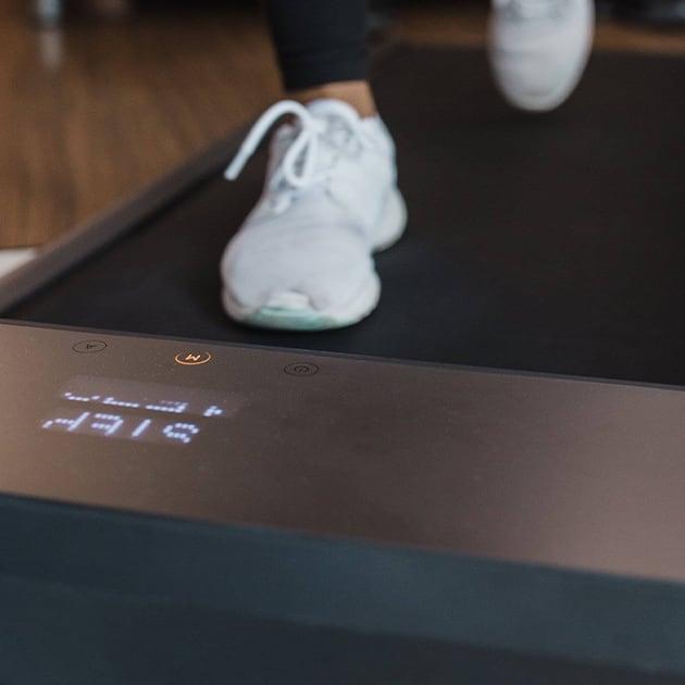 Das klappbare Laufband – WalkingPad R1 Pro – platzsparende Gym Alternative