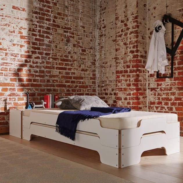 Stapelliege wird zum Doppelbett von Müller Möbelwerkstätten