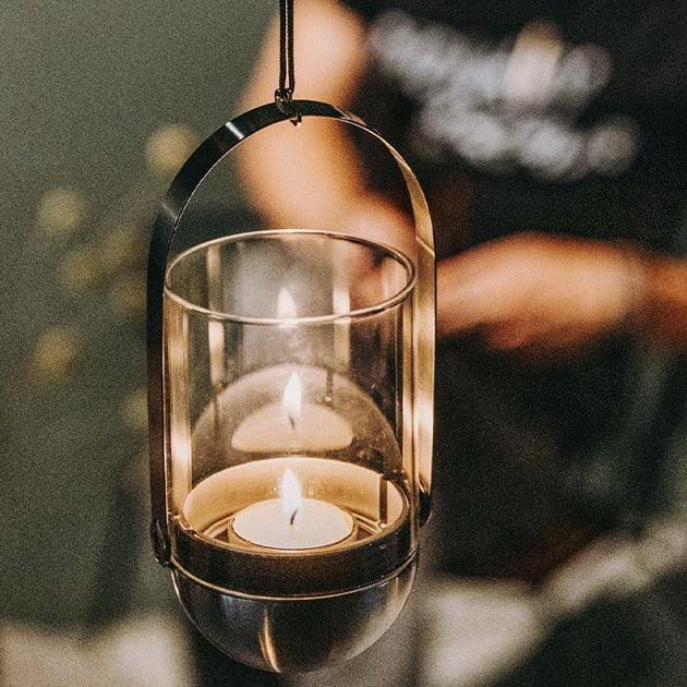 Gravity Candle Windlicht – bleibt schwerkraftbedingt immer im Lot