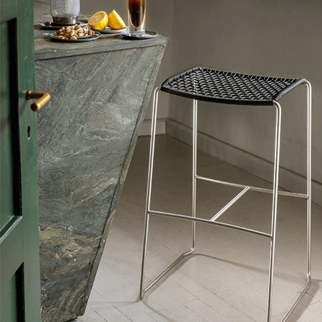 Die Slope Möbelserie von Weishäupl – filigran und stabil
