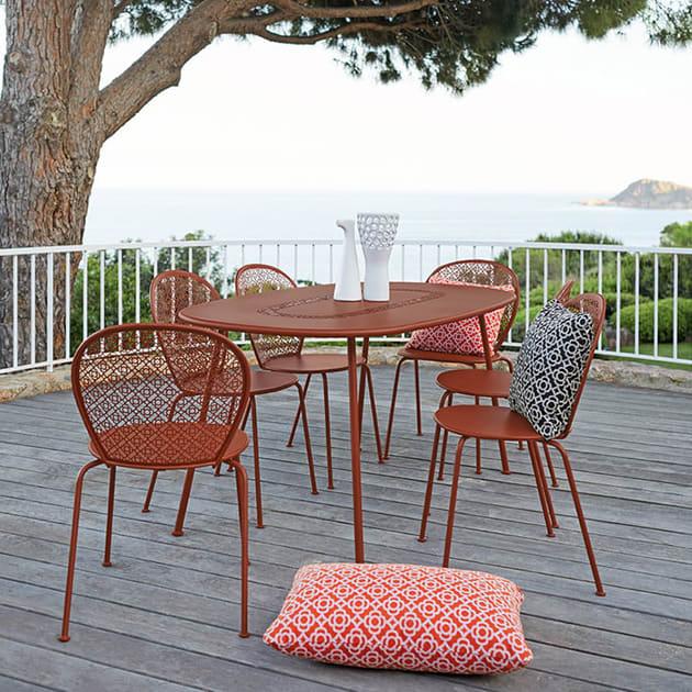 Outdoor-Stuhl Lorette von Fermob – in 24 Farben erhältlich