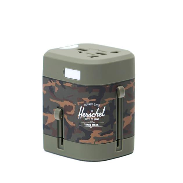 Stylischer Universalreise-Adapter von Herschel