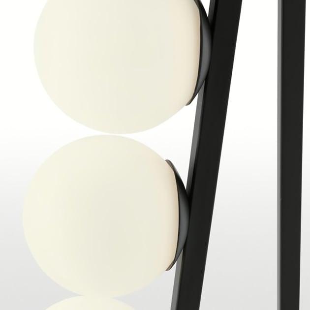 Maxie Stehlampe – Kombination aus Metall und Milchglas