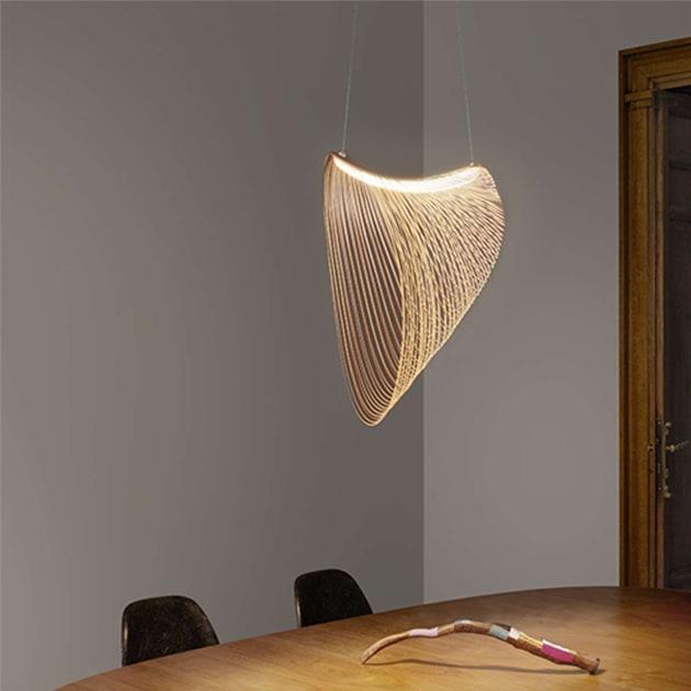 Illan LED Pendelleuchte aus Birkenholz von Luceplan, dimmbar
