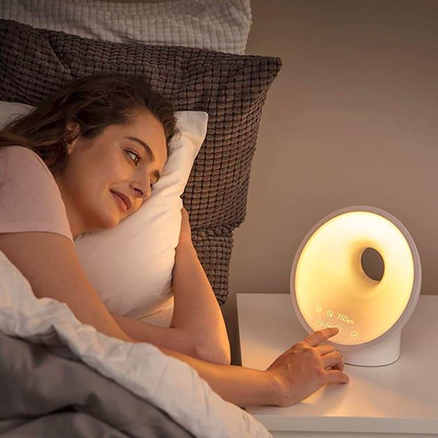 Philips Connected Sleep &Wake-Up Light HF3671/01 für erholsamen Schlaf