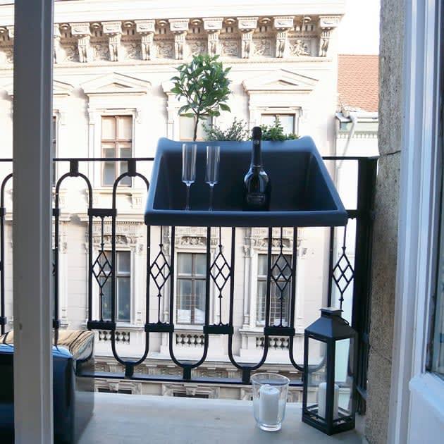 rephorm Balkonzept – Platzsparender Balkontisch zum Einhängen