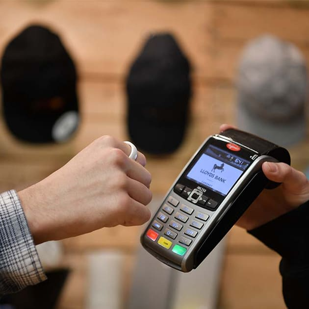 Unkompliziert bezahlen mit dem McLEAR Smart Ring