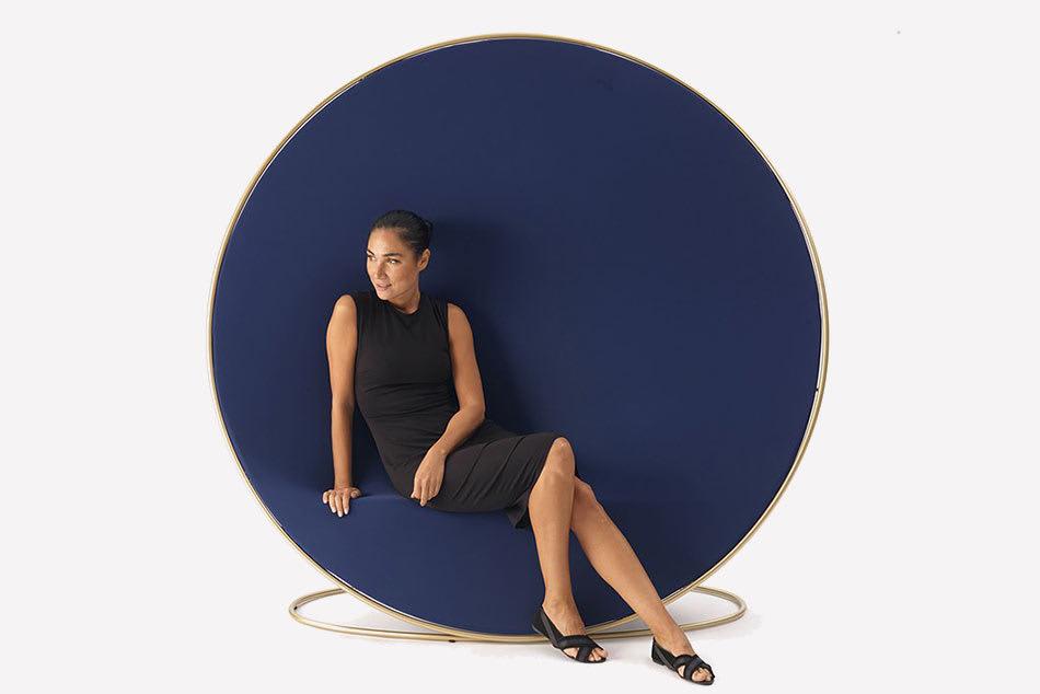 Überraschend anders – Sessel Anish irritiert
