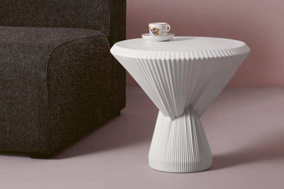 Plisago – Ein Beistelltisch ganz aus Porzellan zur imm cologne 2019