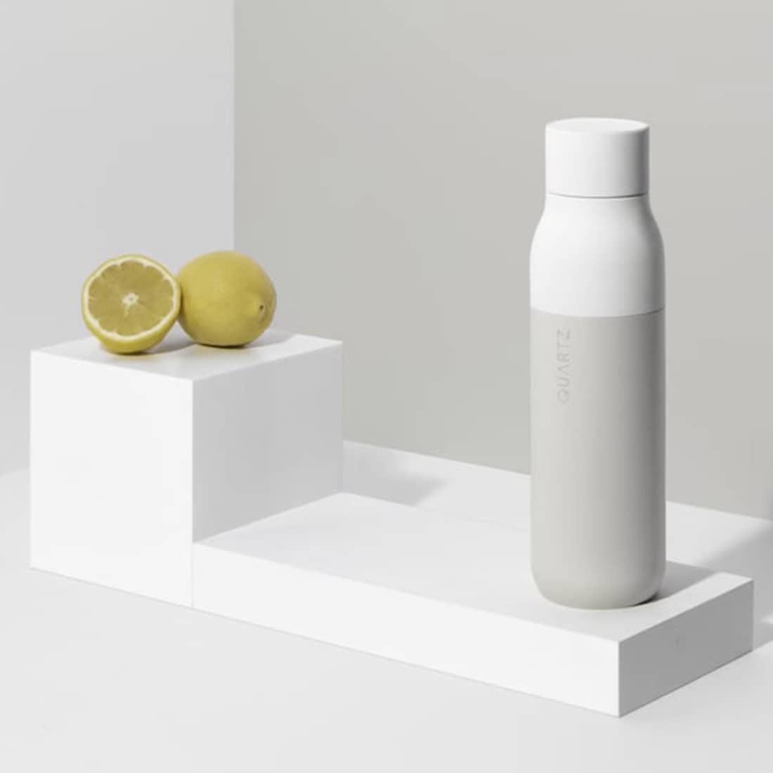 Quartz Bottle die erste selbstreinigende Wasserflasche durch UV-Licht