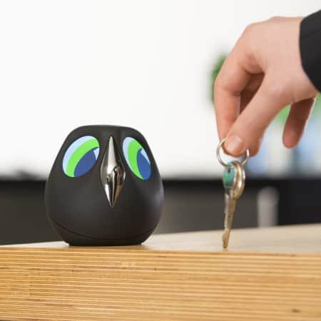ULO die interaktive Eule überwacht Dein Zuhause