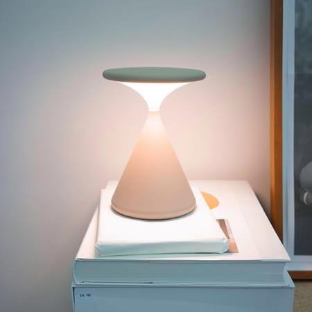 Salt&Pepper LED-Tischleuchte von Tobias Grau
