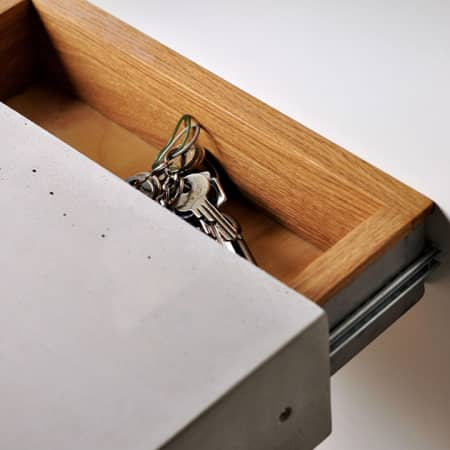 Betonregal mit Geheimfach – das Geheimnis im Stein von REHFORM SESAM