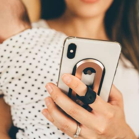 Ohsnap – magnetischer Handy Griff lässt sich um 360° drehen