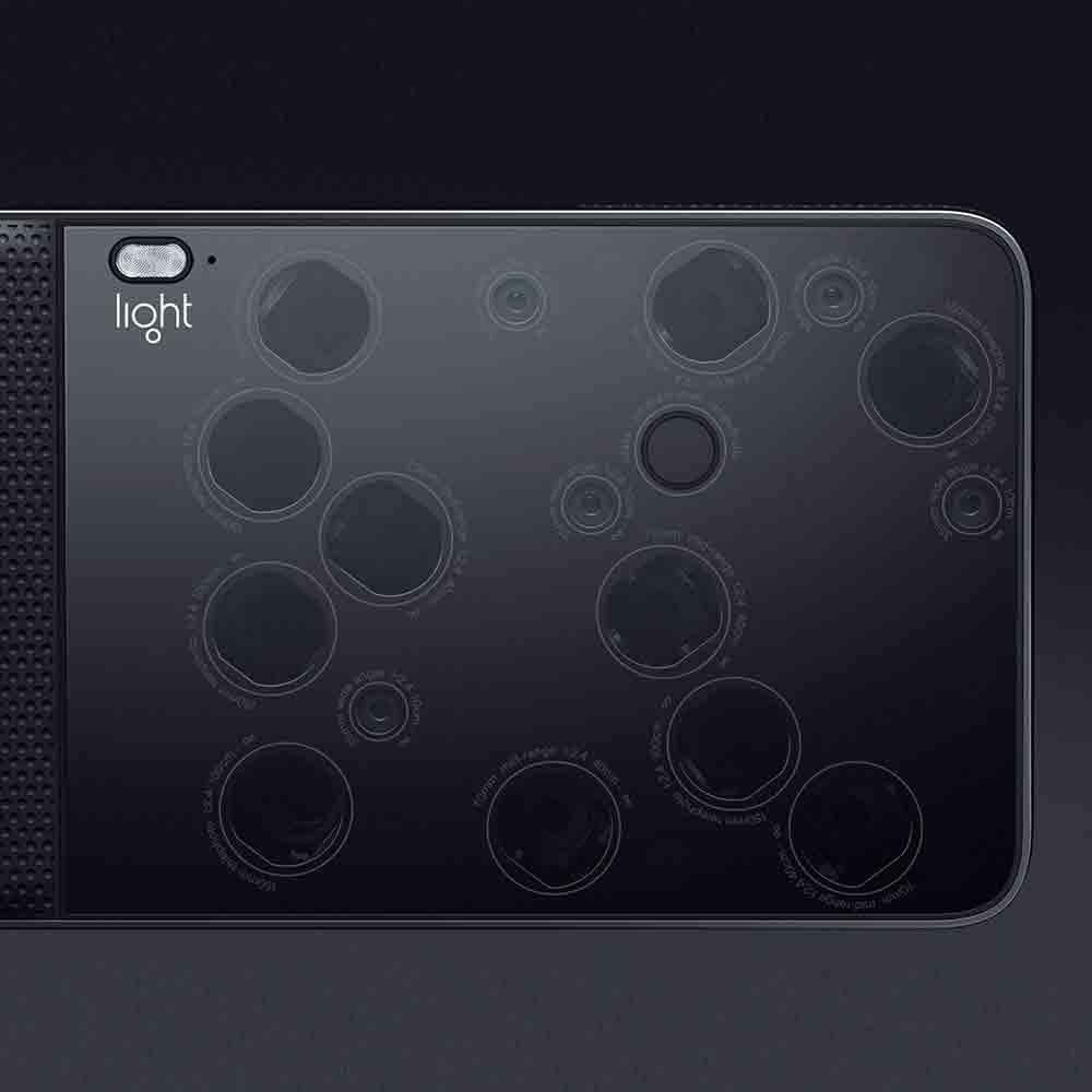 Light L16 Kamera mit 16 Objektiven